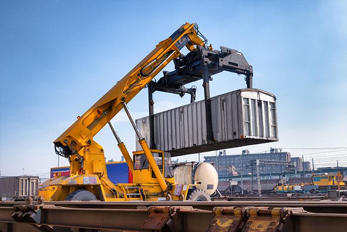 crane loading container